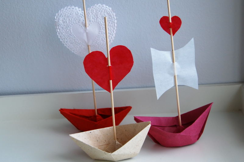 Green Jello How to Make Valentine Love Boats – Valentine Cards to Make at Home